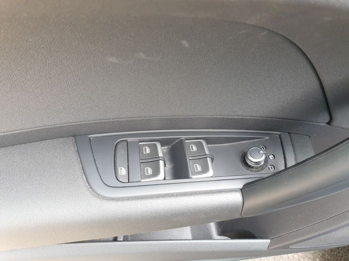 Audi A1 Sportback business tdi 90 s tronic o Bleu Occasion - 9