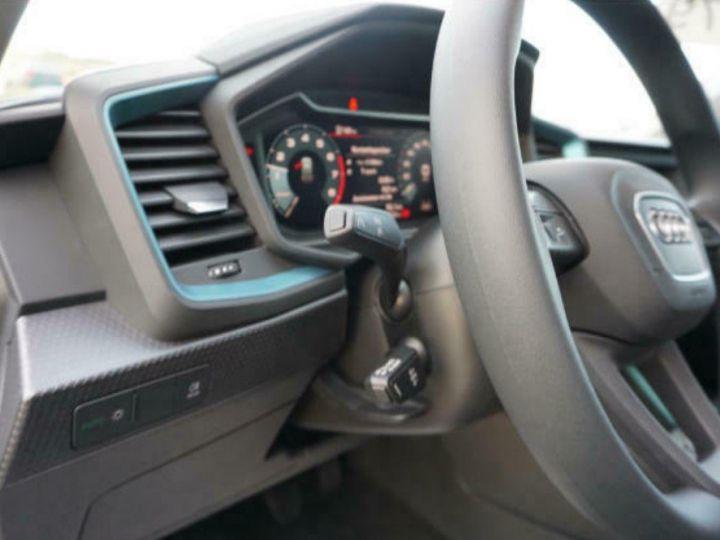Audi A1 Sportback II 30 TFSI 116 DESIGN (03/2019) Glacier White Metallisé - 9