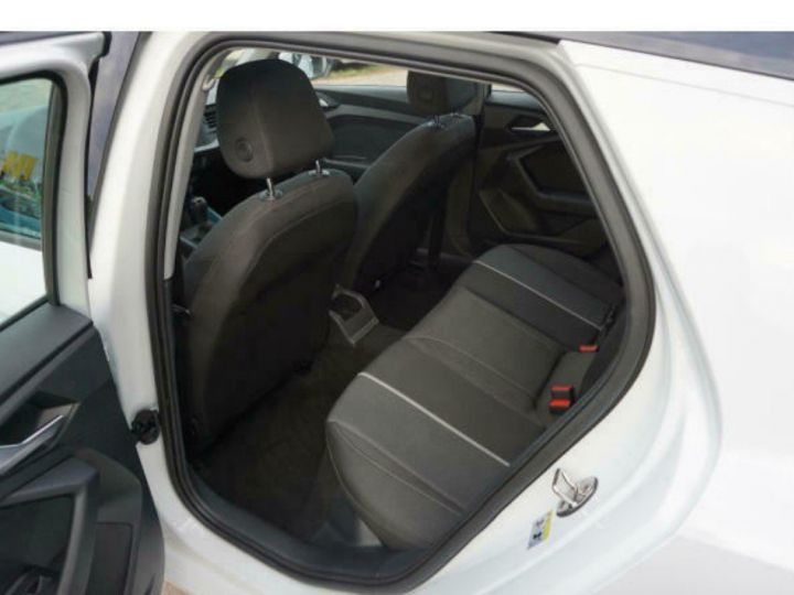 Audi A1 Sportback II 30 TFSI 116 DESIGN (03/2019) Glacier White Metallisé - 13