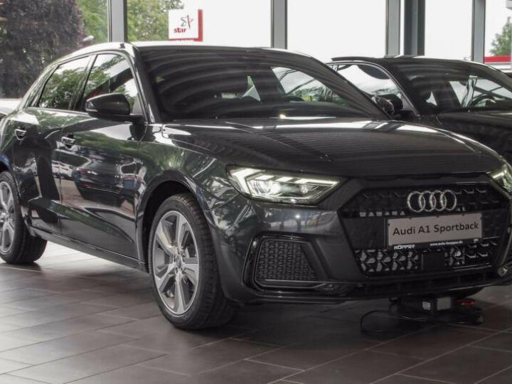 Audi A1 Sportback SLINE Gris Manhattan - 1