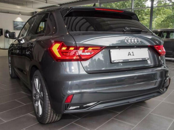 Audi A1 Sportback SLINE Gris Manhattan - 2