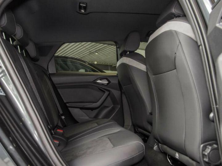 Audi A1 Sportback SLINE Gris Manhattan - 4