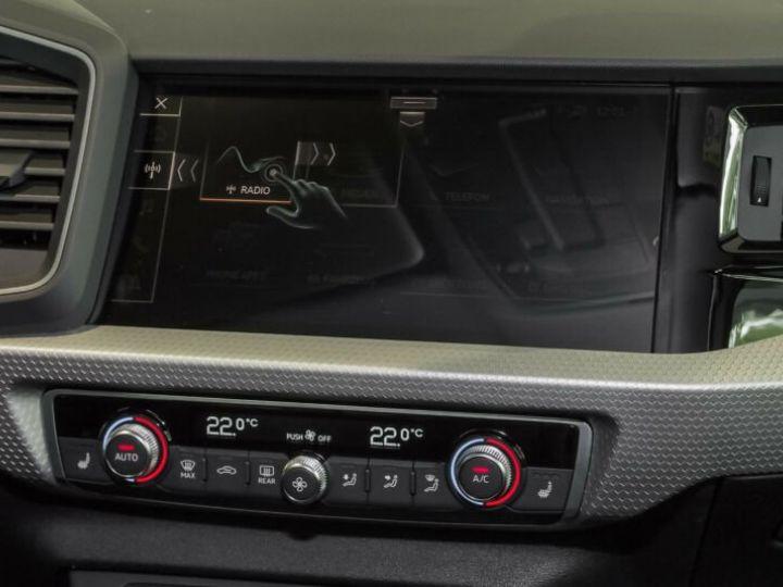 Audi A1 Sportback SLINE Gris Manhattan - 6