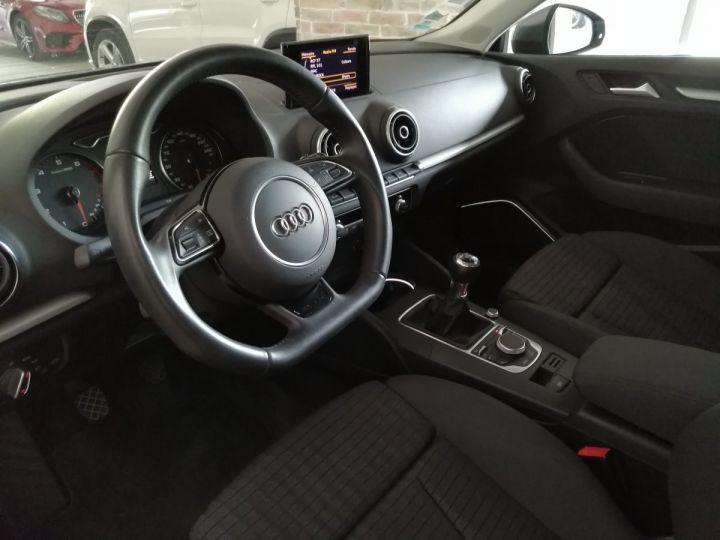 Audi A3 1.8 TFSI 180 CV Sline Gris - 5