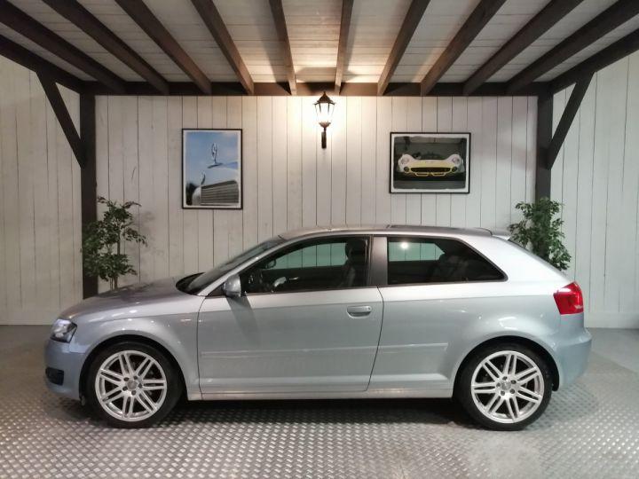 Audi A3 2.0 TDI 140 CV SLINE Gris - 1