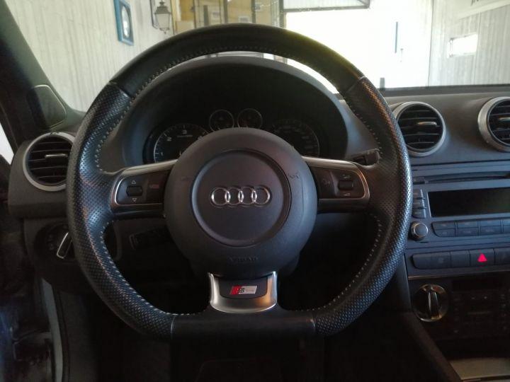 Audi A3 2.0 TDI 140 CV SLINE Gris - 5