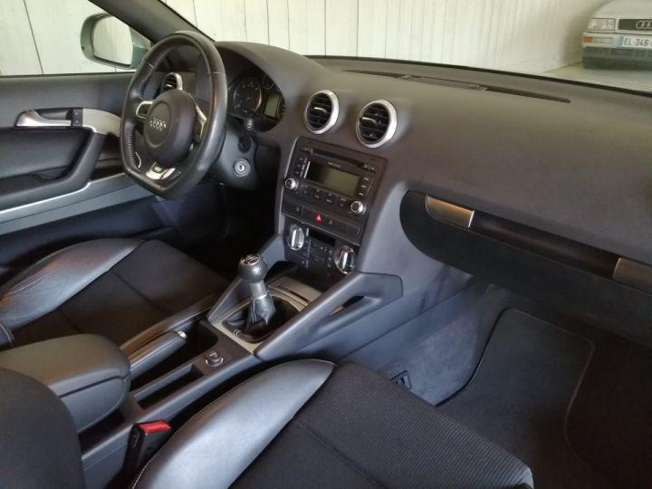 Audi A3 2.0 TDI 140 CV SLINE Gris - 7