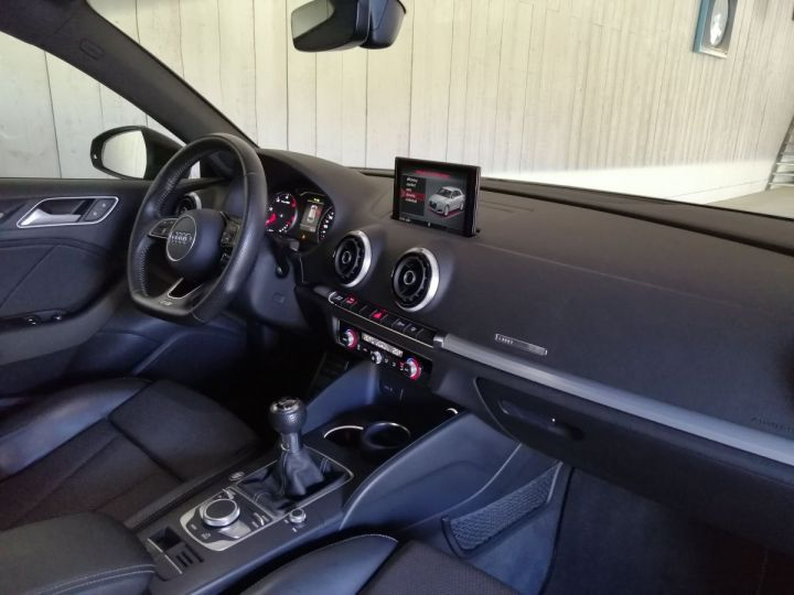 Audi A3 2.0 TDI 150 CV SLINE BV6 Noir - 6