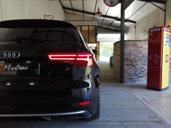 Audi A3 2.0 TDI 150 CV SLINE BV6 Noir - 12
