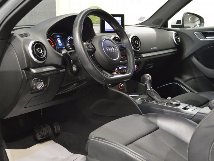 Audi A3 8v 1.8 tfsi 180ch quattro stronic sline plus 1ere main acc camera attelage rotor +++ BLANC GLACIER - 7