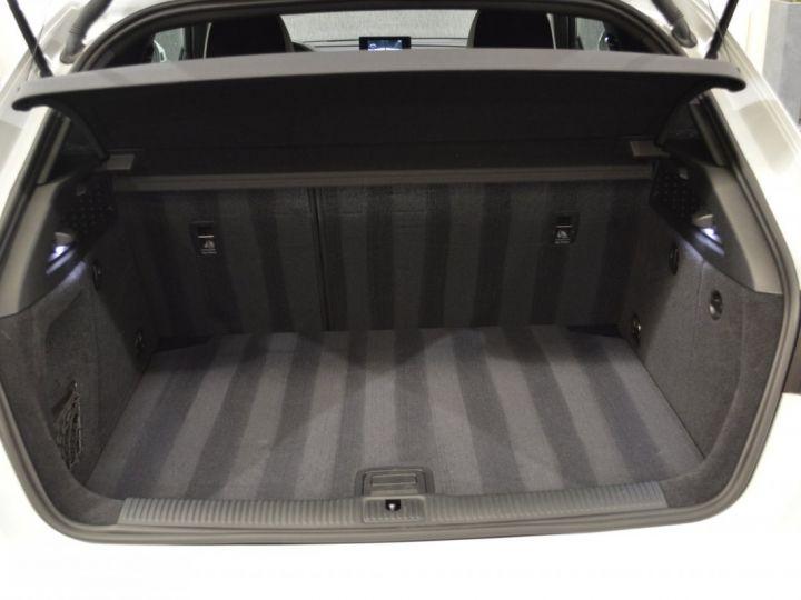 Audi A3 8v 1.8 tfsi 180ch quattro stronic sline plus 1ere main acc camera attelage rotor +++ BLANC GLACIER - 17