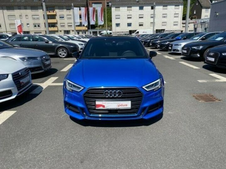 Audi A3 Berline 35 TFSI 150 TOIT PANO LED COCKPIT VIRTUEL 18' Bleu - 2