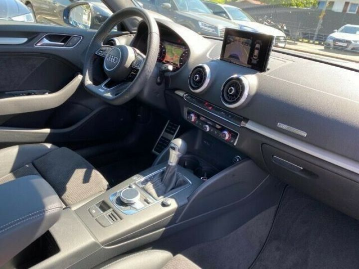 Audi A3 Berline 35 TFSI 150 TOIT PANO LED COCKPIT VIRTUEL 18' Bleu - 11