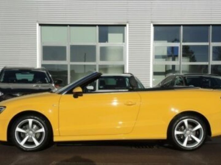 Audi A3 Cabriolet 1.4 TFSI 115CH S LINE JAUNE Occasion - 4