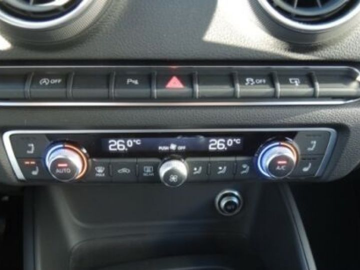 Audi A3 Cabriolet 1.4 TFSI 115CH S LINE JAUNE Occasion - 9