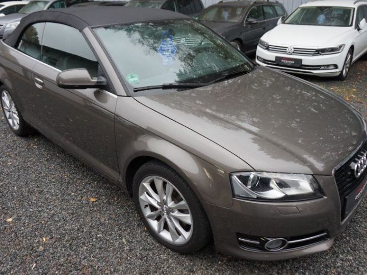 Audi A3 Cabriolet 2.0 TDI 140 DPF AMBITION LUXE (2013) brun métal - 9