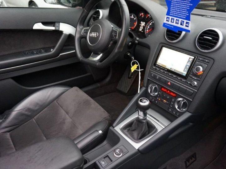 Audi A3 Cabriolet 2.0 TDI 140 DPF AMBITION LUXE (2013) brun métal - 11