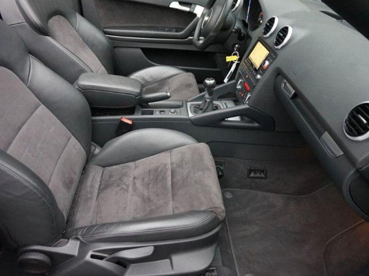 Audi A3 Cabriolet 2.0 TDI 140 DPF AMBITION LUXE (2013) brun métal - 14