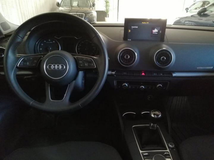 Audi A3 Sportback 1.0 TFSI 115 CV BV6 Gris - 6