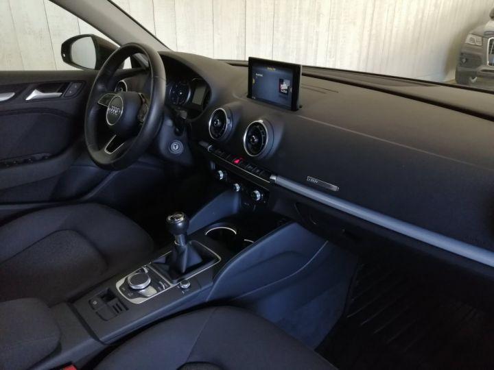 Audi A3 Sportback 1.0 TFSI 115 CV BV6 Gris - 7