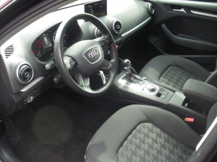 Audi A3 Sportback 1.4 TFSI 125cv NOIR - 3