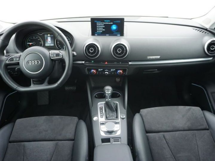 Audi A3 Sportback 1.4 TFSI 204CH E-TRON AMBITION LUXE S TRONIC 6 BLANC Occasion - 4