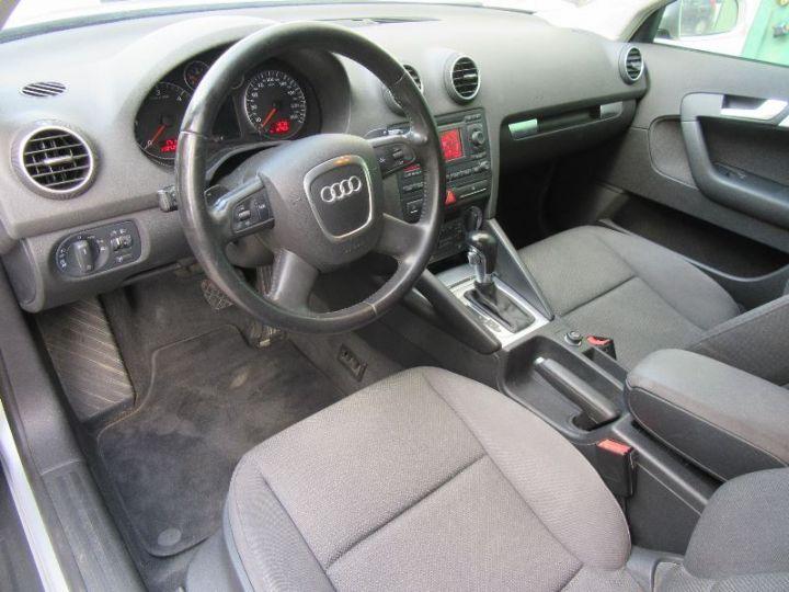Audi A3 Sportback 2.0 TDI 140CH AMBIENTE S TRONIC GRIS CLAIR Occasion - 2