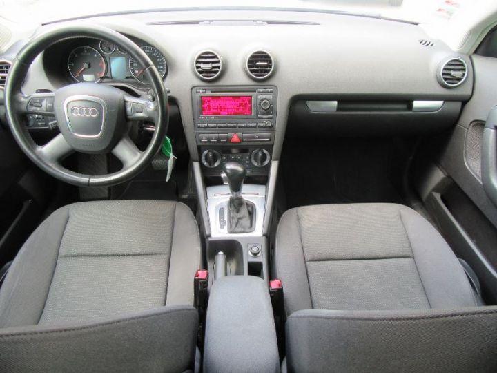 Audi A3 Sportback 2.0 TDI 140CH AMBIENTE S TRONIC GRIS CLAIR Occasion - 12
