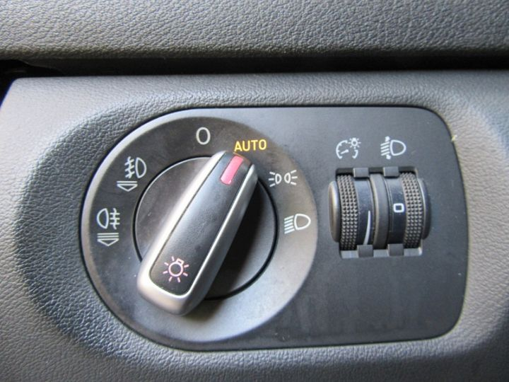 Audi A3 Sportback 2.0 TDI 170CH DPF START/STOP AMBITION NOIR Occasion - 12