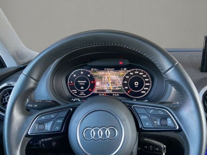 Audi A3 Sportback # 30 SPORT Bi-XENON*NAVI*GRA*PDC* Noir Peinture métallisée - 7
