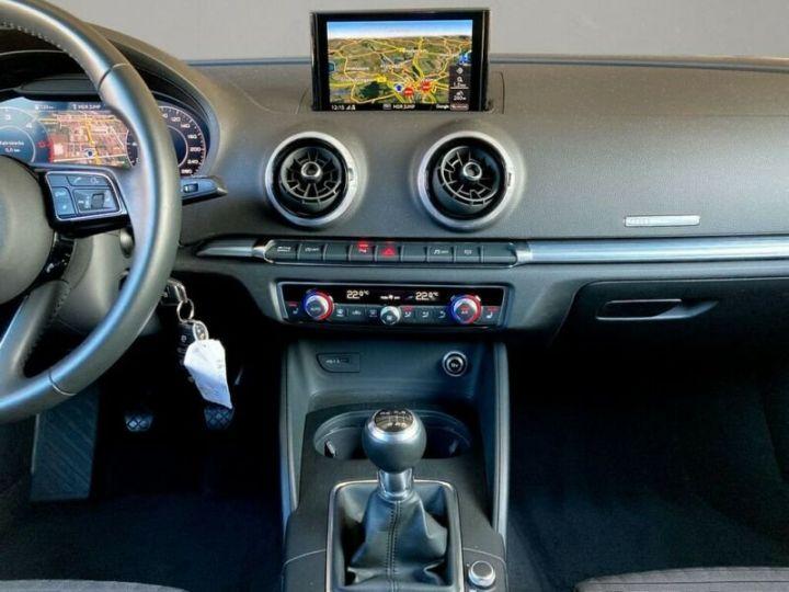 Audi A3 Sportback # 30 SPORT Bi-XENON*NAVI*GRA*PDC* Noir Peinture métallisée - 9