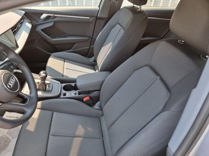Audi A3 Sportback 30 TDI 116CH DESIGN Gris - 5