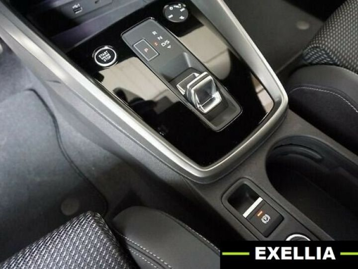 Audi A3 Sportback 35 TDI S Line S Tronic BLANC PEINTURE METALISE  Occasion - 12