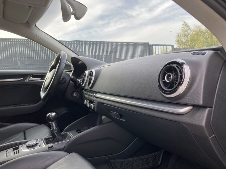 Audi A3 Sportback AUDI A3 SPORTBACK 2,0 TDI 150 AMBITION LUXE  NOIR METALLISEE  - 16