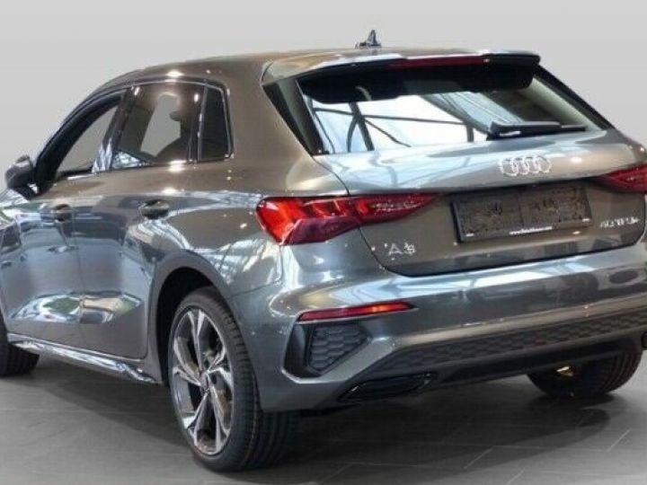 Audi A3 Sportback S line 40 TFSI e 204 CH S-tronic Daytona/Gris - 4