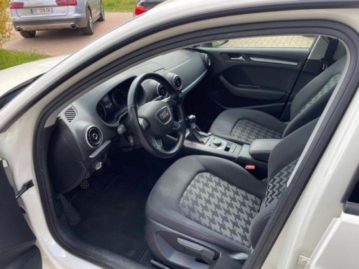 Audi A3 Sportback TDI 110 CH BUSINESS  - 4