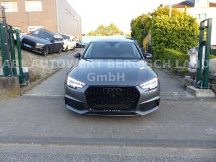 Audi A4 Gris métallisée  - 3
