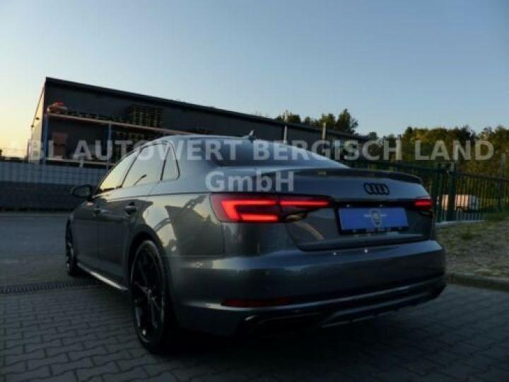 Audi A4 Gris métallisée  - 7