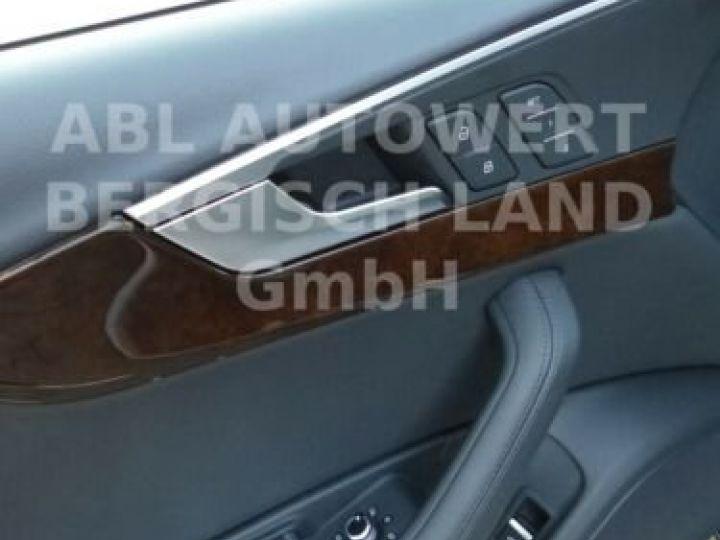 Audi A4 Gris métallisée  - 11