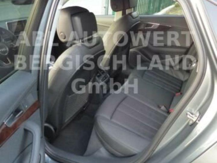 Audi A4 Gris métallisée  - 12