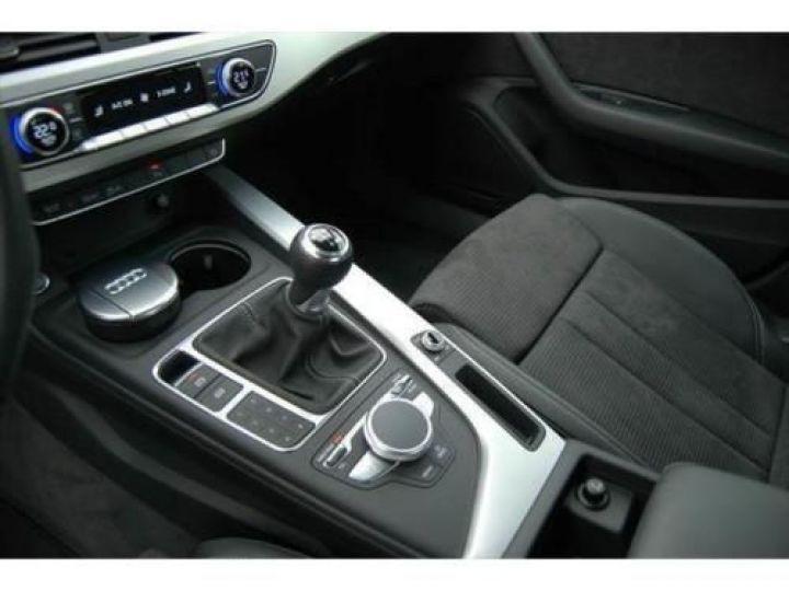 Audi A4 2.0 TDI 150CH S LINE NOIR - 8
