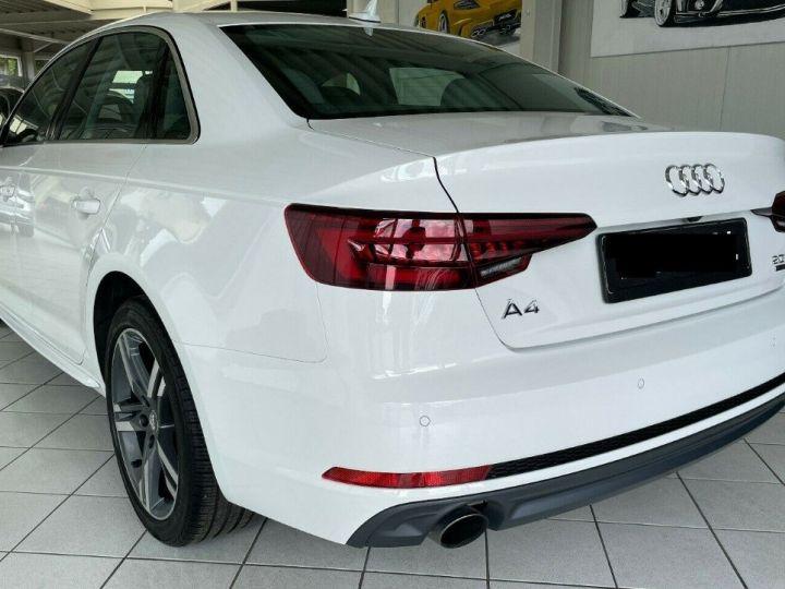 Audi A4 2.02.0  TFSI 252 LUXE QUATTRO S TRONIC    03/2018                                     (toit ouvrant) Blanc métal  - 12
