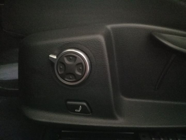 Audi A4 Allroad 2.0 TDI 163 CV DESIGN  Noir - 10