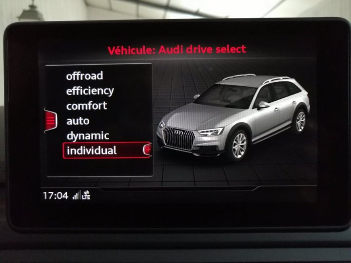 Audi A4 Allroad 2.0 TDI 163 CV DESIGN  Noir - 12