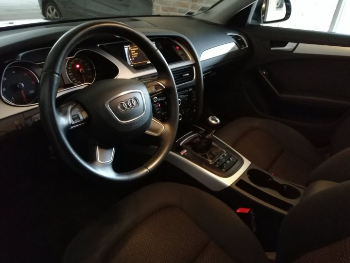 Audi A4 Allroad 2.0 TDI 177 CV QUATTRO BV6 Gris - 5