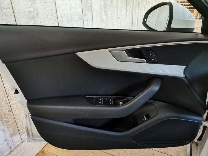 Audi A4 Allroad 2.0 TDI 190 CV DESIGN LUXE BVA Blanc - 8