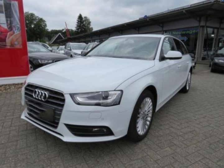 Audi A4 Avant 1.8 TFSI 120CH AMBITION LUXE BLANC - 1