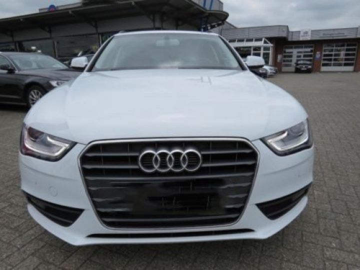 Audi A4 Avant 1.8 TFSI 120CH AMBITION LUXE BLANC - 5