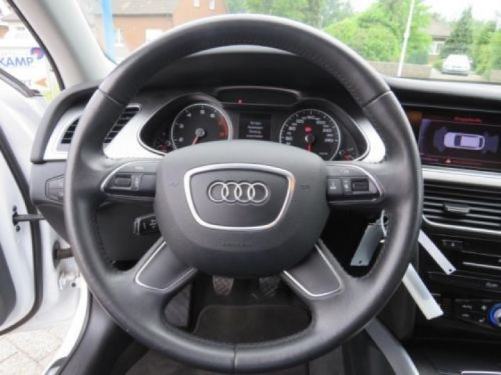 Audi A4 Avant 1.8 TFSI 120CH AMBITION LUXE BLANC - 7
