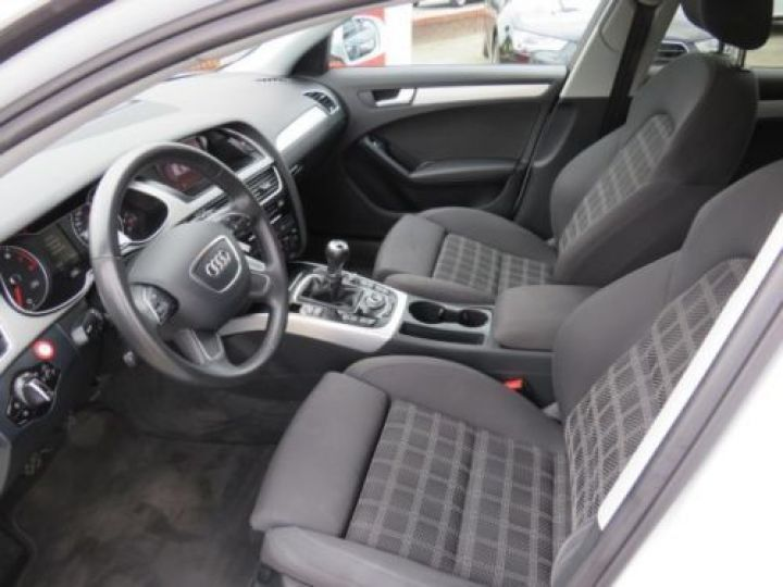 Audi A4 Avant 1.8 TFSI 120CH AMBITION LUXE BLANC - 8
